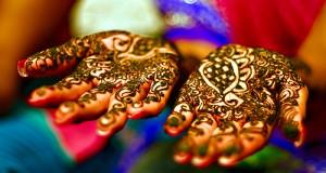 El glamour y la tradición de la henna