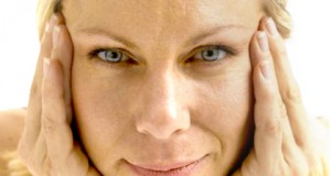 Yoga facial para mujeres